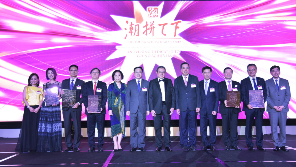主禮嘉賓與得獎者合照。