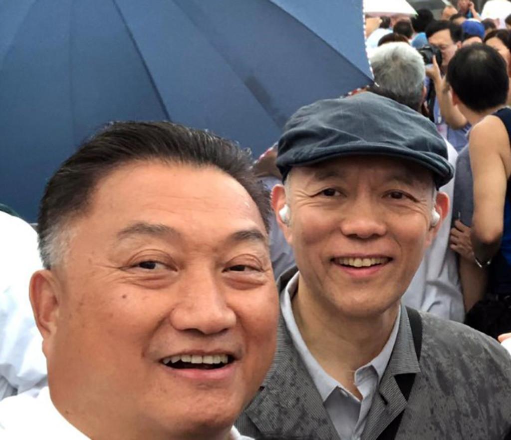 陳振彬常董(左)