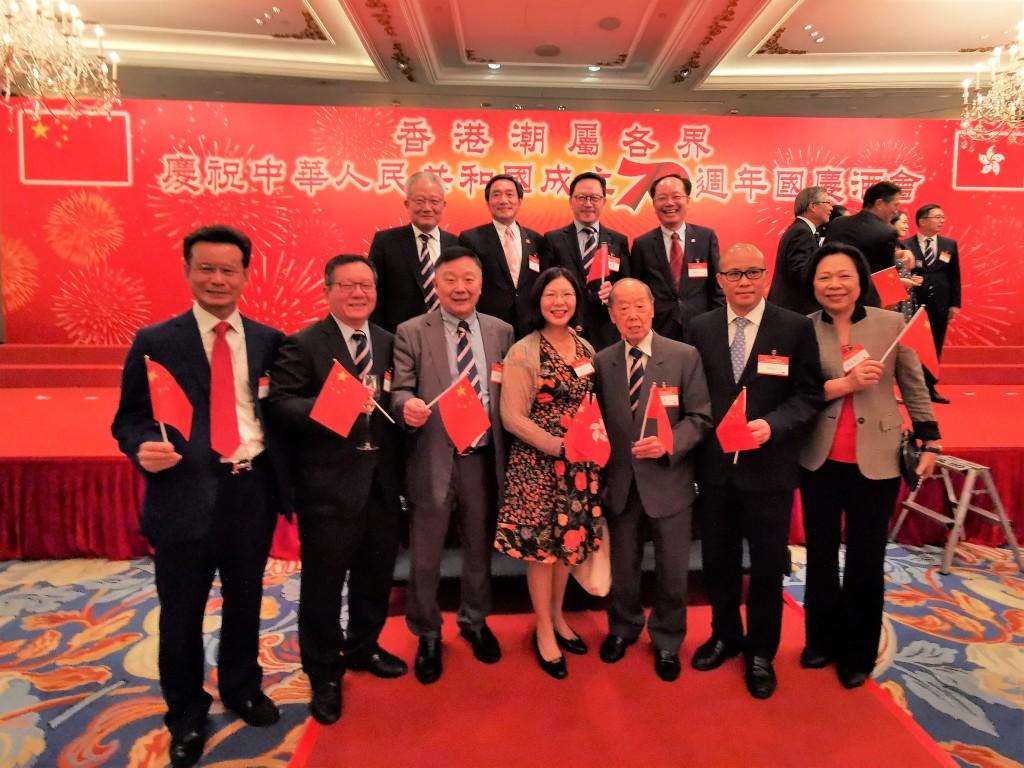 本會首長與香港民政事務總署署長謝小華(左四)合照s